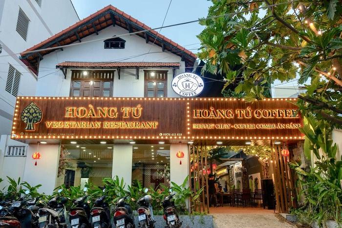 Hoàng Tú Vegaterian tại Nha Trang đã nổi tiếng bởi những món ăn chay chế biến ngon và đẹp mắt