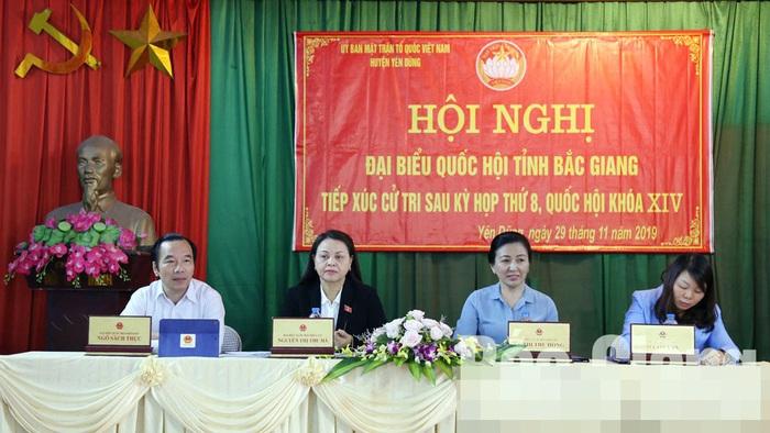 ĐBQH Nguyễn Thị Thu Hà tiếp xúc cử tri tại Bắc Giang - Ảnh 1.