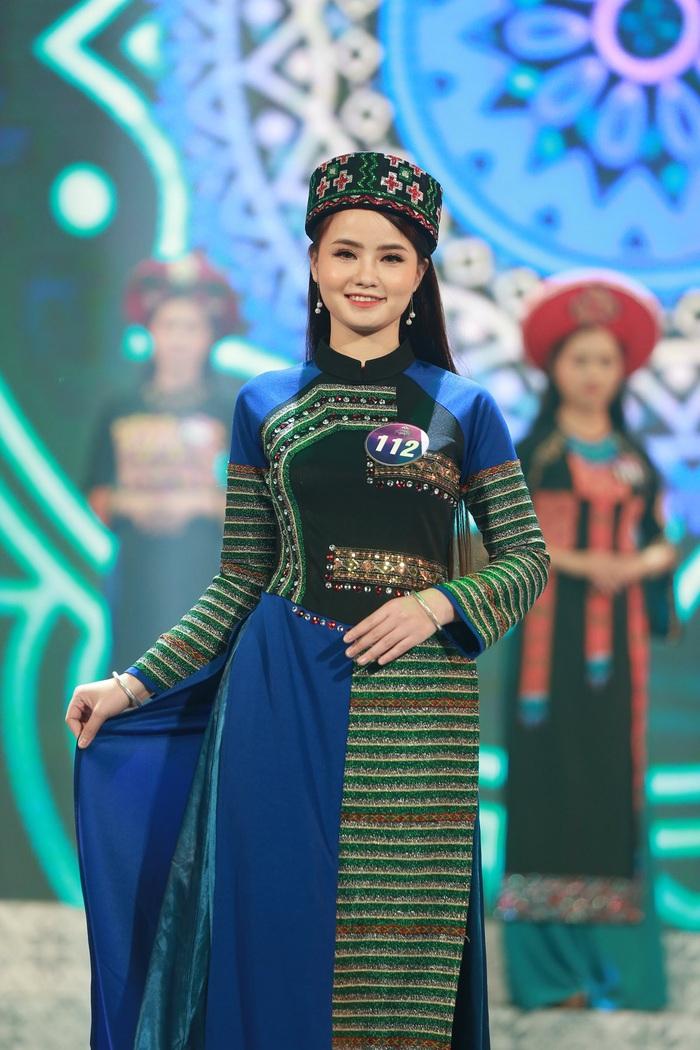 Nữ sinh 19 tuổi đăng quang Người đẹp xứ Mường 2019 - Ảnh 4.