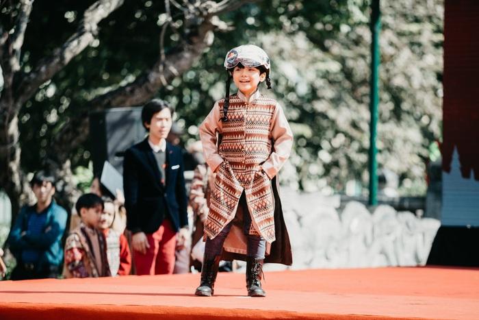 Ngắm dàn hotboy nhí mặc áo dài, đội mũ bảo hiểm tại Ngày hội Mottainai - Ảnh 7.