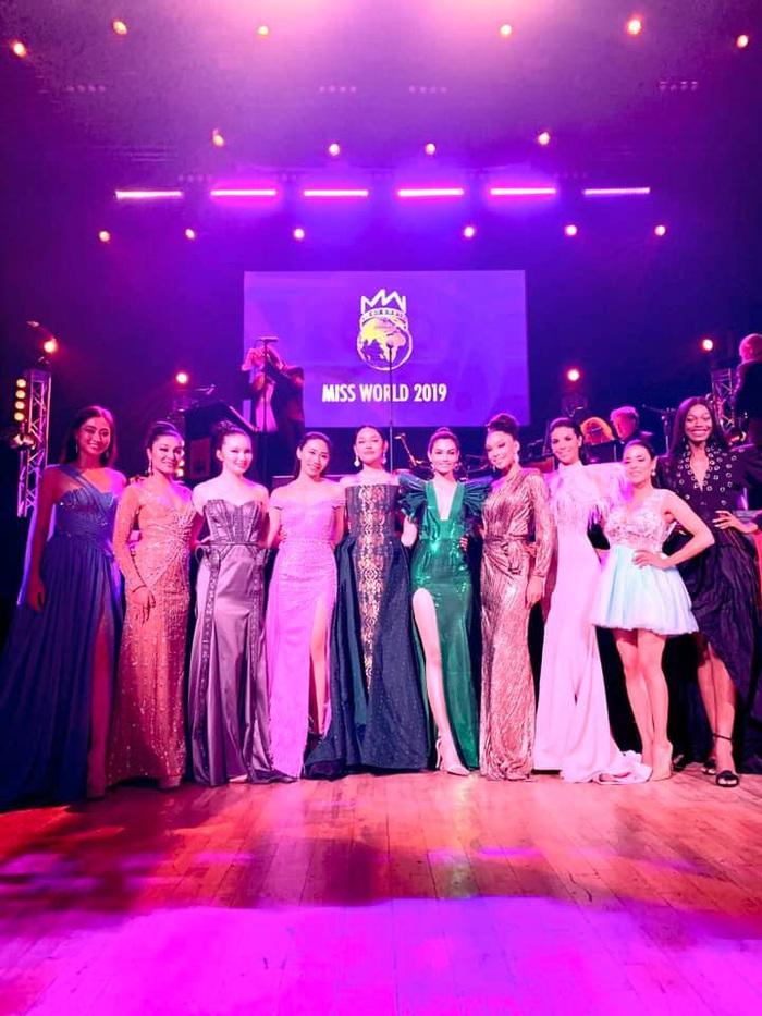 Sát chung kết Miss World 2019, Lương Thùy Linh vào Top 10 Hoa hậu Nhân ái - Ảnh 1.