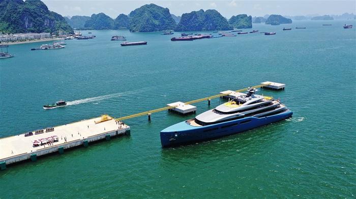 """Làm sao để hạ tầng thực sự là """"đòn bẩy"""" của du lịch Quảng Ninh? - Ảnh 2."""