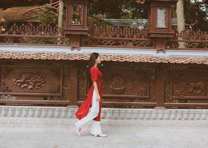 Diễn viên Thanh Hương dịu dàng với áo dài nhung  - Ảnh 7.