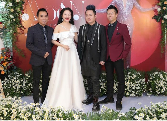 Phạm Thùy Dung ra album thính phòng đón Giáng sinh - Ảnh 3.