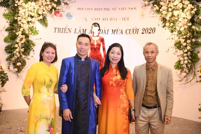 NTK Đỗ Trịnh Hoài Nam cùng lãnh đạo Trung tâm Phụ nữ và phát triển