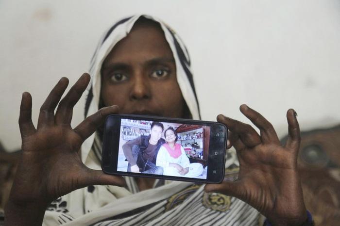 Samiyah David giơ bức ảnh chụp cùng người chồng Trung Quốc