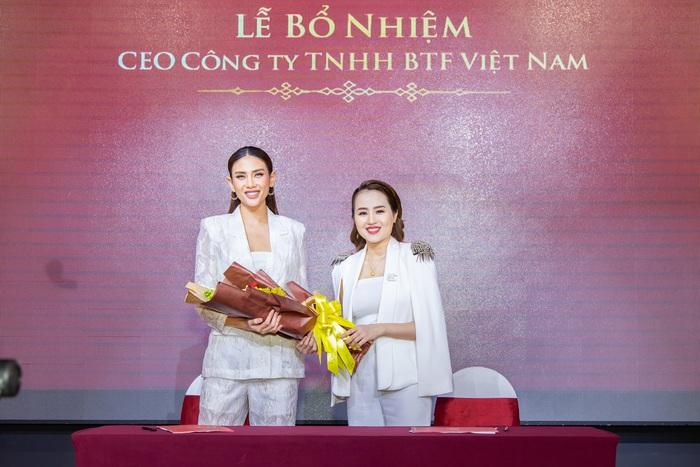 Siêu mẫu Võ Hoàng Yến ra mắt sản phẩm tái sinh thương hiệu Oskin  - Ảnh 3.