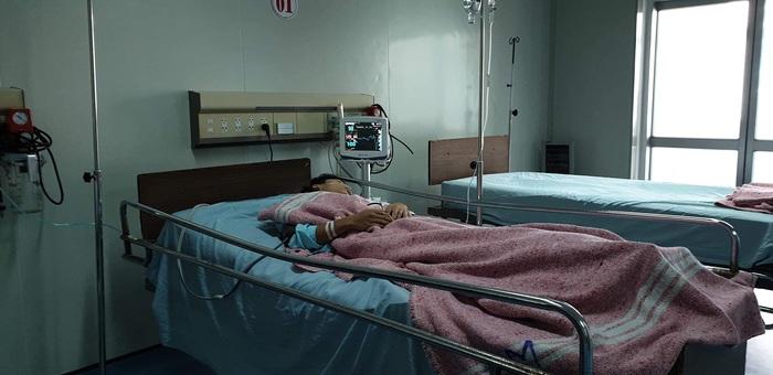 Quảng Trị: Nam sinh lớp 9 rút dao đâm trọng thương nam sinh lớp 12 - Ảnh 1.