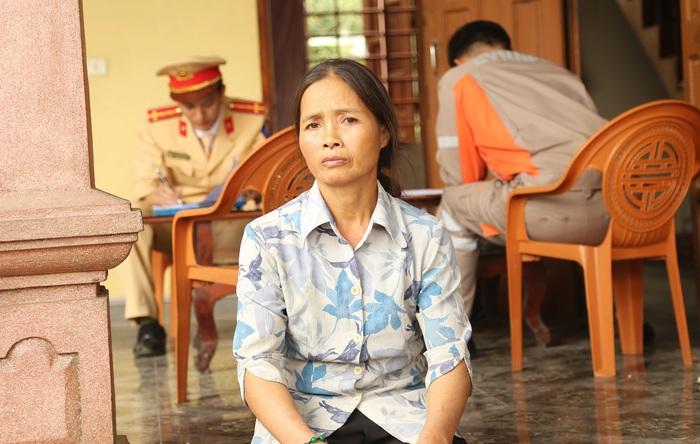 """Vụ xe container lao vào phòng ngủ ở Hà Tĩnh: """"Tôi đã nghĩ cả nhà mình chết"""" - Ảnh 1."""