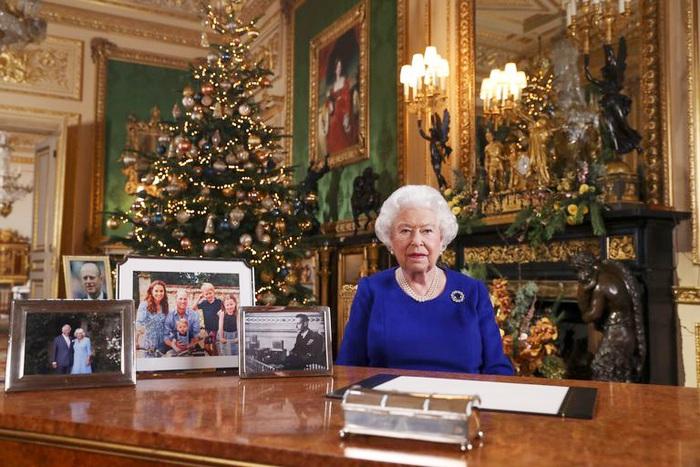 Nữ hoàng Anh Elizabeth chia sẻ thông điệp Giáng sinh
