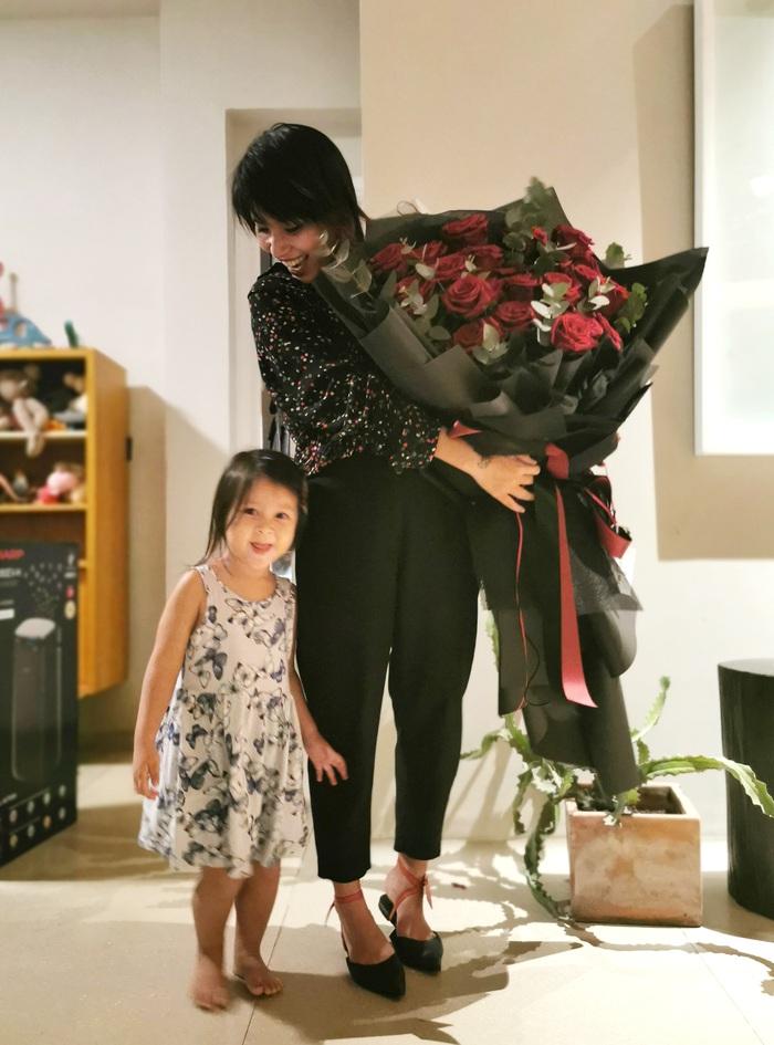 Với Thùy Minh, làm mẹ là một quyết định khó khăn nhưng đúng thời điểm