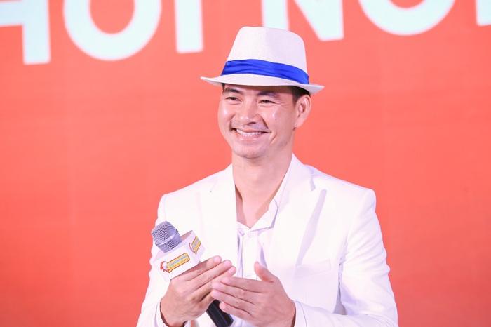 Nghệ sĩ hài Xuân Bắc diễn tiểu phẩm về trẻ tự kỷ tại chương trình Mùa xuân cho em - Ảnh 1.
