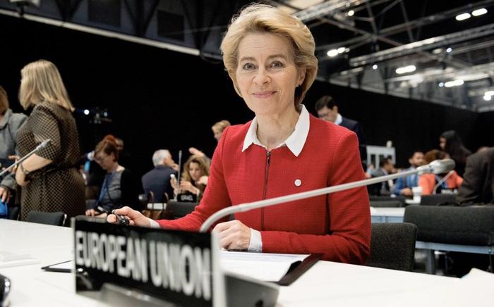 Chủ tịch EC Ursula von der Leyen tích cực chống biến đổi khí hậu
