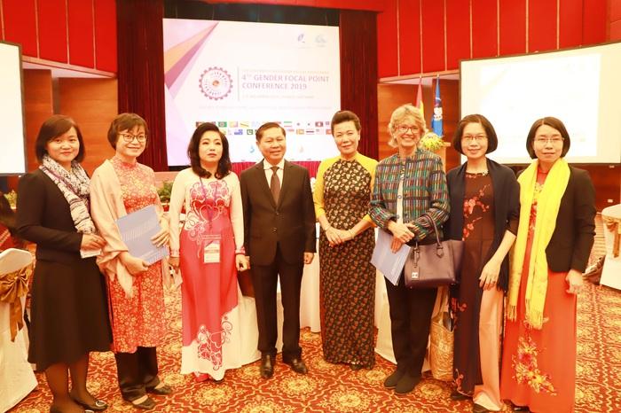Hội LHPN Việt Nam tham gia chủ động và trách nhiệm trong Kế hoạch Colombo - Ảnh 3.