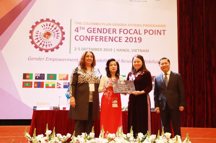 Hội LHPN Việt Nam tham gia chủ động và trách nhiệm trong Kế hoạch Colombo - Ảnh 4.