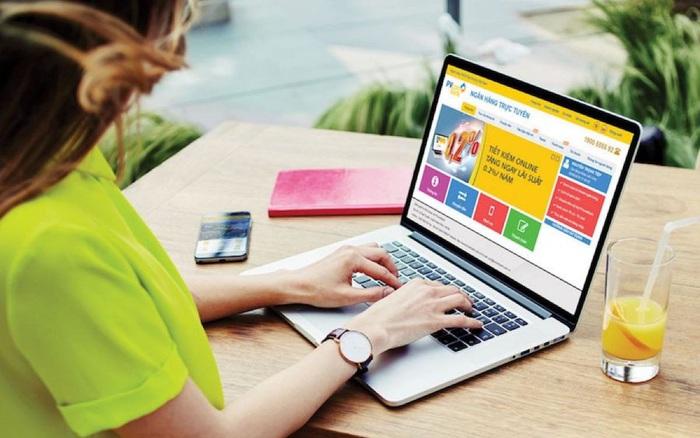 Hơn 50.000 mặt hàng giảm giá đến 70% tại ngày mua sắm Online Friday 6/12 - Ảnh 1.
