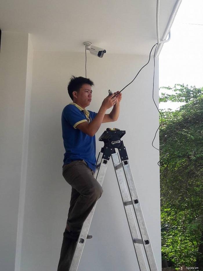 Nhiều gia đình lo lắng sau sự cố hack camera nhà ca sĩ Văn Mai Hương - Ảnh 1.