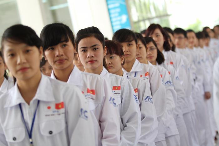 Việt Nam đối diện nguy cơ bị 'đánh cắp nguồn nhân lực một cách hợp pháp' - Ảnh 2.