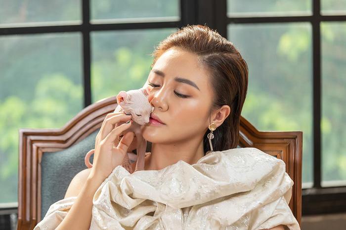 """Văn Mai Hương tung MV ca khúc nhạc phim """"Anh trai yêu quái"""" - Ảnh 3."""