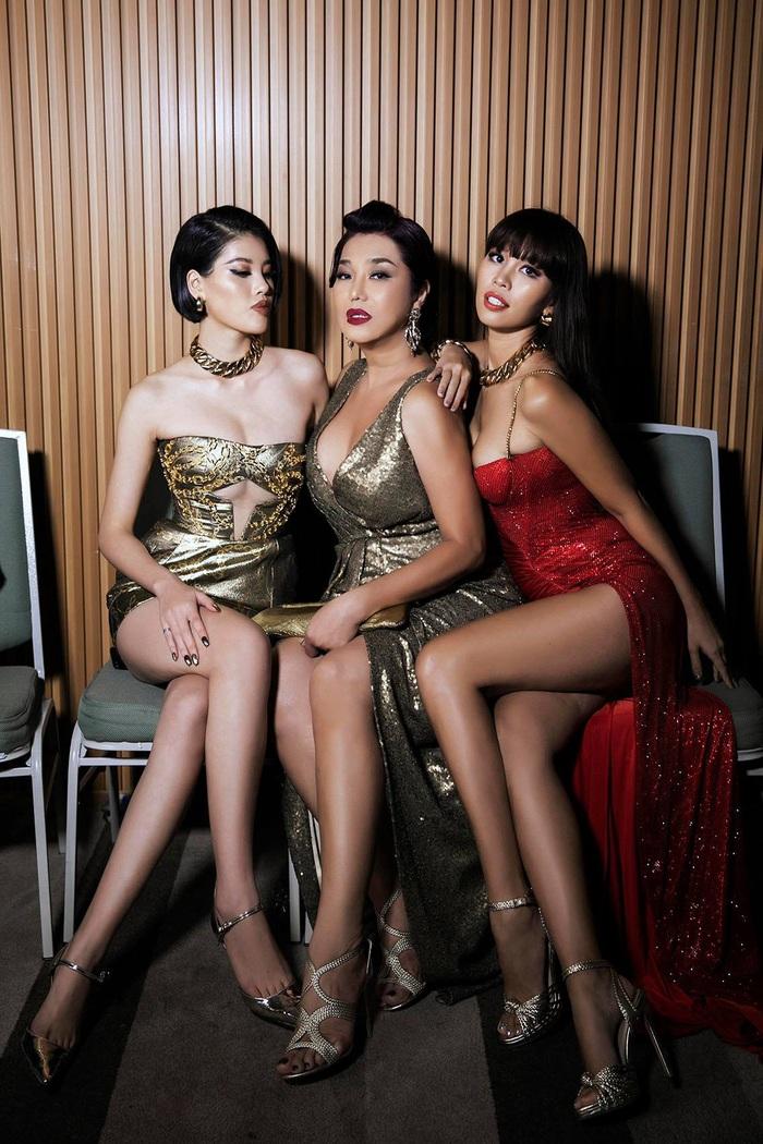 Cindy Thái Tài, Hà Anh, Hồng Nguyễn tái hiện hình ảnh siêu sao thập niên cũ - Ảnh 2.