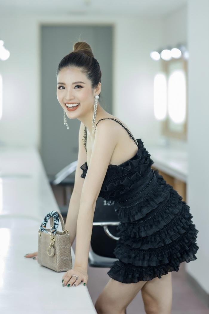 Hoa hậu Phan Hoàng Thu lần thứ 2 làm MC Ngày hội Mottainai  - Ảnh 1.