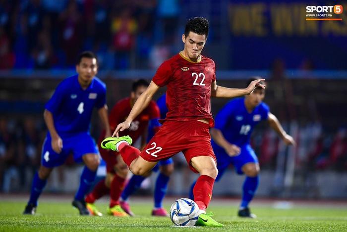 SEA Games 30: U22 Việt Nam vào bán kết sau trận hòa Thái Lan - Ảnh 1.
