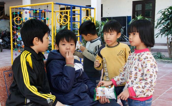 Ngày hội Mottainai 2019: Trao quà cho trẻ em đặc biệt khó khăn tại 2 đơn vị bảo trợ xã hội - Ảnh 6.