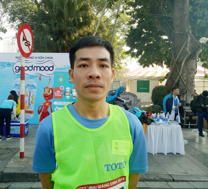 Anh Nguyễn Trần Cường (SBD 0537) giành giải Nhất chạy 3 vòng