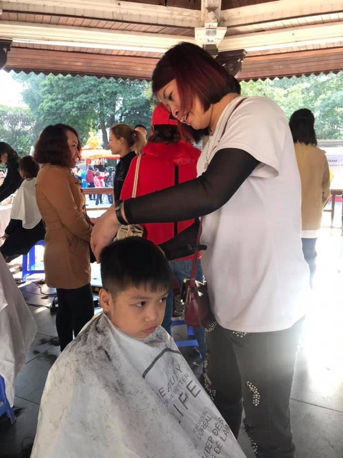 Làm đẹp ở ngày hội Mottanai cũng là ủng hộ cho trẻ thiệt thòi - Ảnh 3.