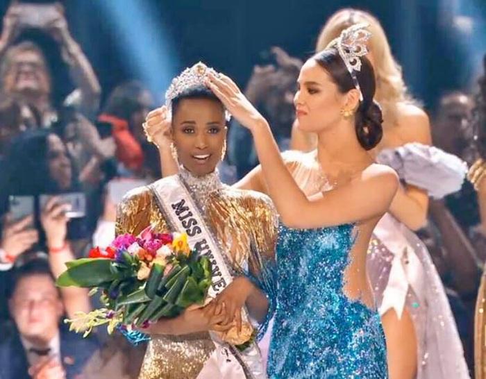 Mỹ nhân tóc ngắn Nam Phi đăng quang Hoa hậu Hoàn vũ 2019 - Ảnh 2.