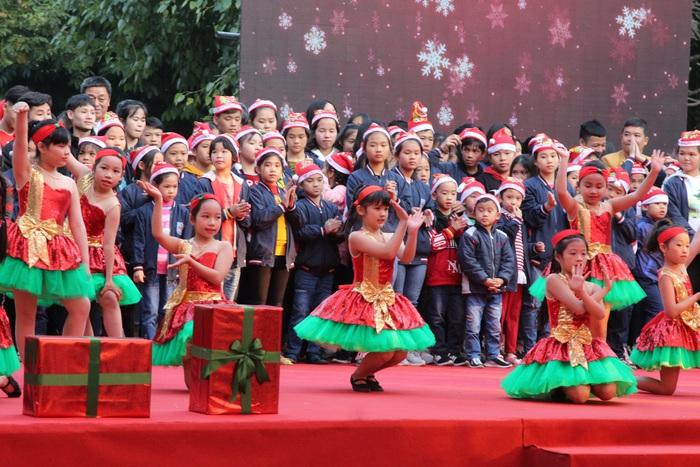 Ấm áp vũ khúc Giáng sinh khép lại Mottainai 2019 - Ảnh 4.