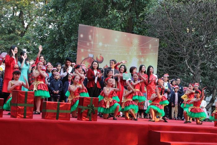 Ấm áp vũ khúc Giáng sinh khép lại Mottainai 2019 - Ảnh 3.