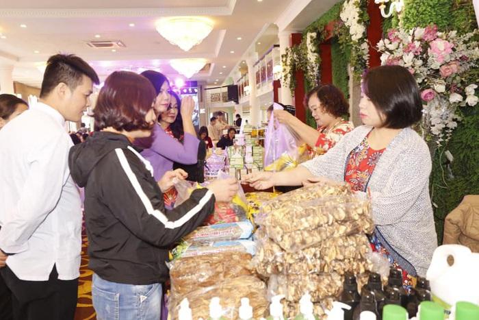 Hàng trăm hoạt động hỗ trợ phụ nữ khởi nghiệp được tổ chức