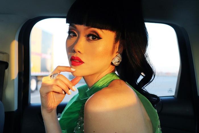 Jessica Minh Anh làm show thời trang thân thiện môi trường tại Mỹ - Ảnh 8.