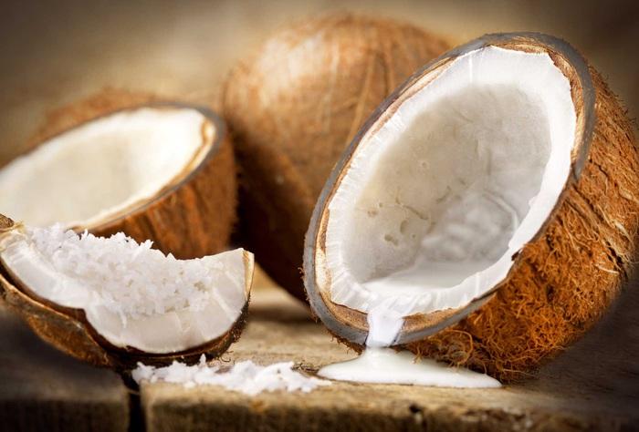 Làm dầu xả cà rốt và nước cốt dừa ngăn ngừa tóc rụng - Ảnh 1.