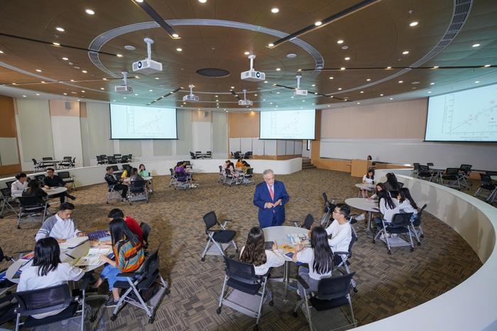 Cận cảnh VinUni – trường đại học phi lợi nhuận được Vingroup rót vốn 6.500 tỷ đồng - Ảnh 6.