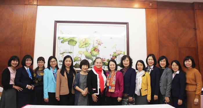 Đại diện Hội LHPN Việt Nam và UN Women