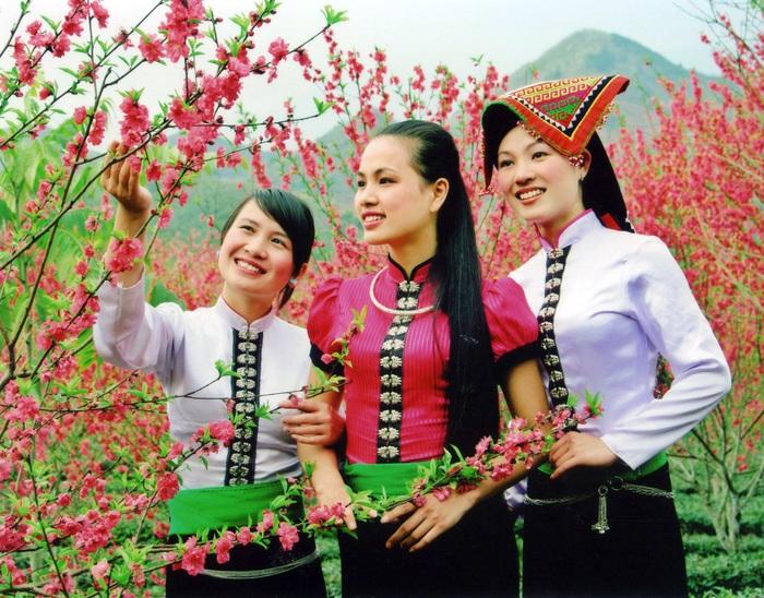1.600 đại biểu dự ĐHĐB toàn quốc các dân tộc thiểu số Việt Nam lần II - Ảnh 1.