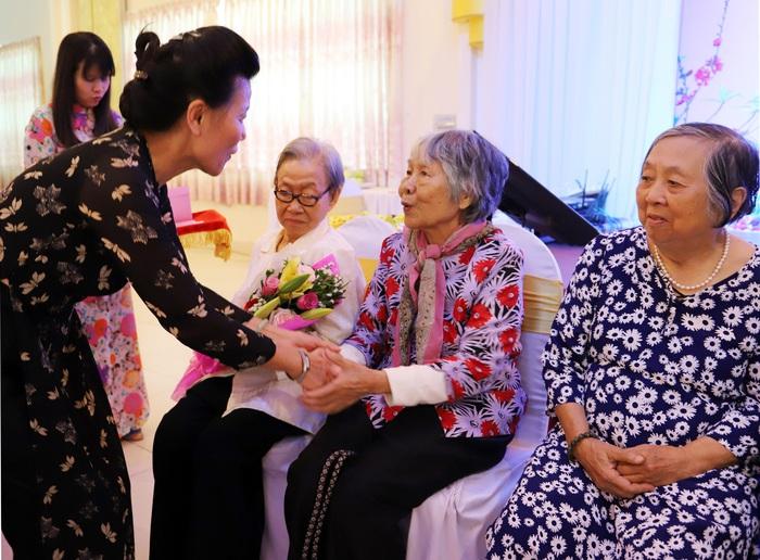 Hội LHPN Việt Nam gặp mặt cán bộ hưu trí phía Nam nhân dịp Tết Nguyên đán Canh Tý - Ảnh 3.