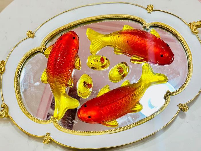 Nhiều loại cá chép 'lạ' lên mâm cúng ông Công ông Táo  - Ảnh 6.