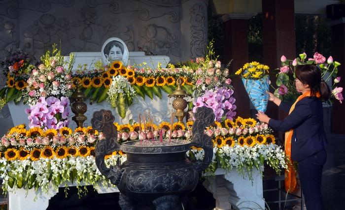 Tưởng niệm 119 năm Ngày mất của thân mẫu Chủ tịch Hồ Chí Minh - Ảnh 1.