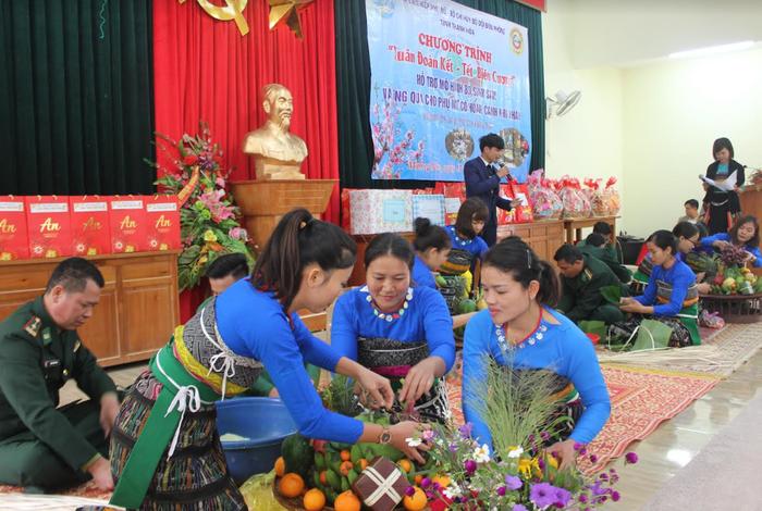Hội LHPN tỉnh Thanh Hóa phối hợp tổ chức Chương trình Hội Xuân Canh Tý 2020 - Ảnh 3.
