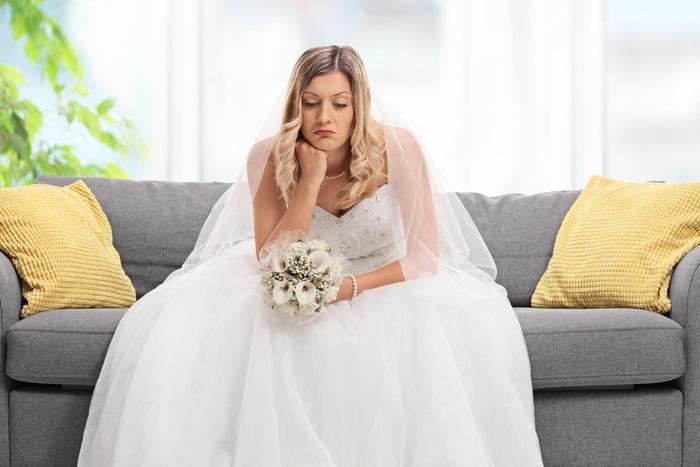 Chú rể chê váy cưới quá đắt, cô dâu liền hủy hôn lễ - Ảnh 1.