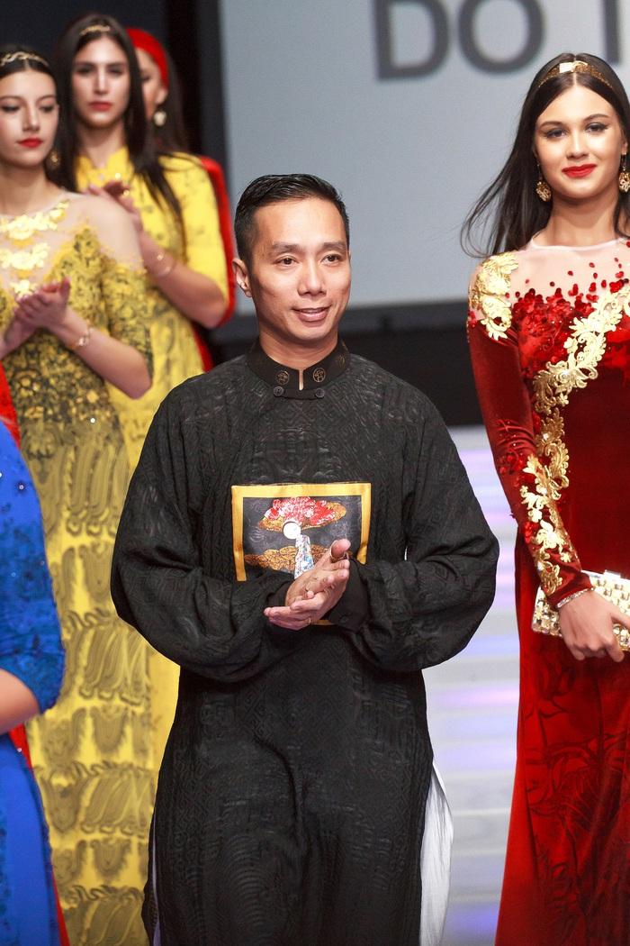 Năm 2020: Áo dài Đỗ Trịnh Hoài Nam sẽ đến với nhiều phụ nữ - Ảnh 1.