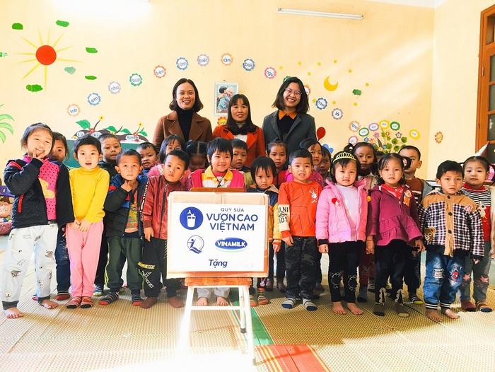 ơi nào Quỹ sữa Vươn cao Việt Nam chọn là điểm đến, nơi ấy đều tràn ngập niềm vui và sự xúc động