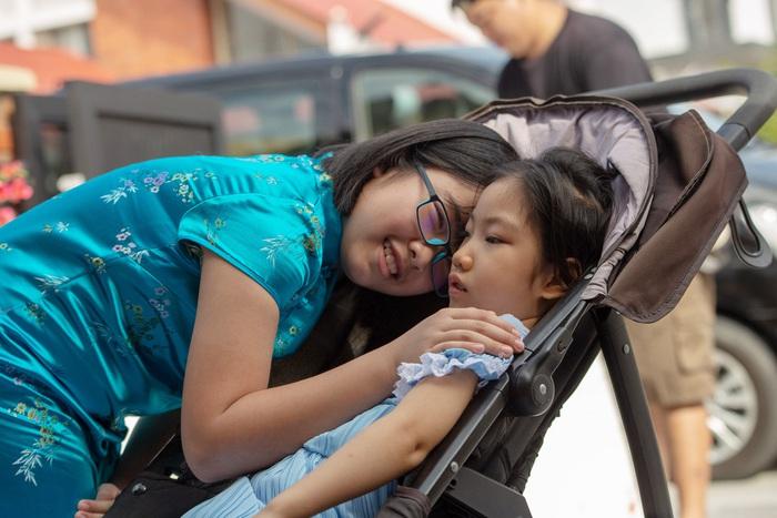 Tình chị em của Leah Choy khiến mọi người xúc động