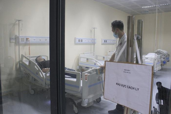 Sốt cao sau khi trở về từ Đài Loan, một bệnh nhân ở Hà Nội phải cách ly - Ảnh 1.