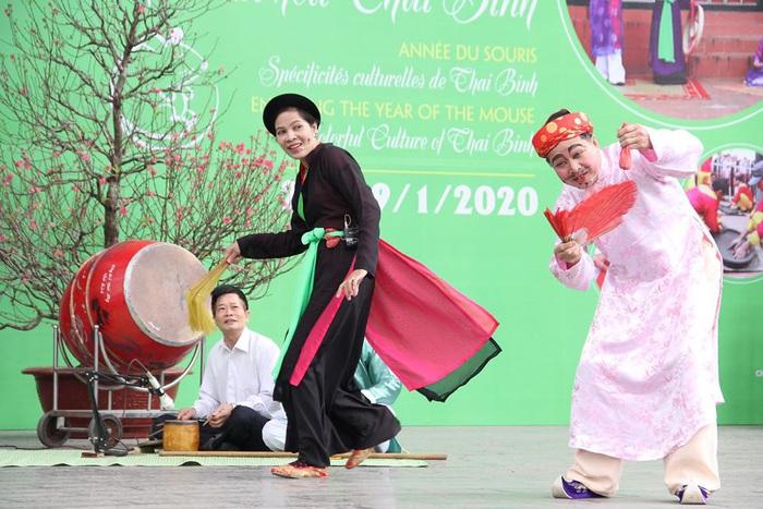 Rộn ràng sắc thái văn hóa Thái Bình ở Bảo tàng Dân tộc học Việt Nam - Ảnh 3.