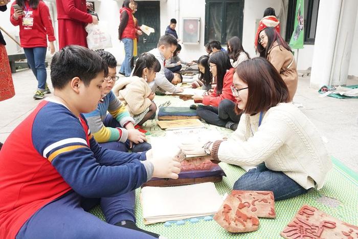 Rộn ràng sắc thái văn hóa Thái Bình ở Bảo tàng Dân tộc học Việt Nam - Ảnh 7.