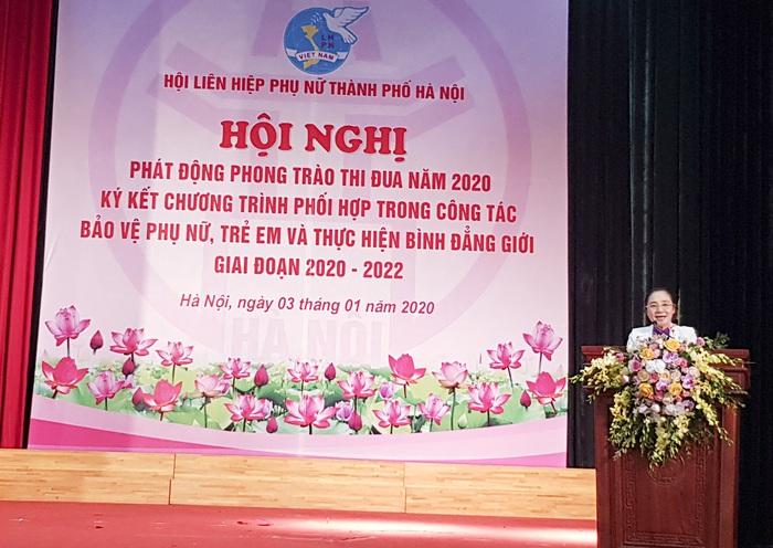 Phó Chủ tịch Thường trực Hội LHPN Việt Nam Hoàng Thị Ái Nhiên phát biểu tại Hội nghị